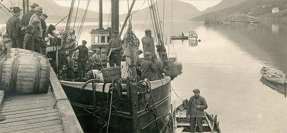 imagem da pesca marítima no passado