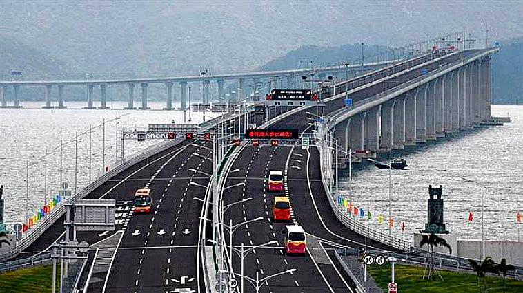 imagem da Ponte Hong Kong- Zuhai- Macau