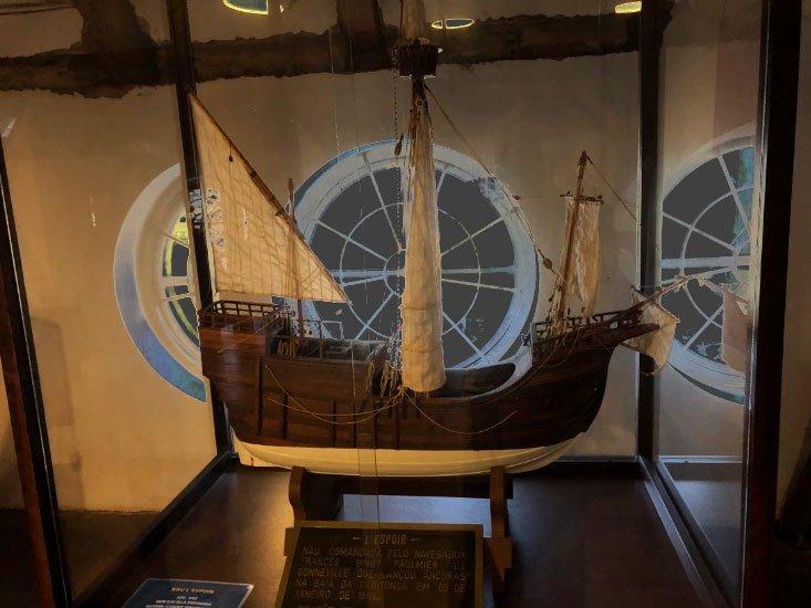 imagem de Miniuatura do navio l'espoir,