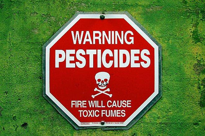 imagem de placa contra pesticidas