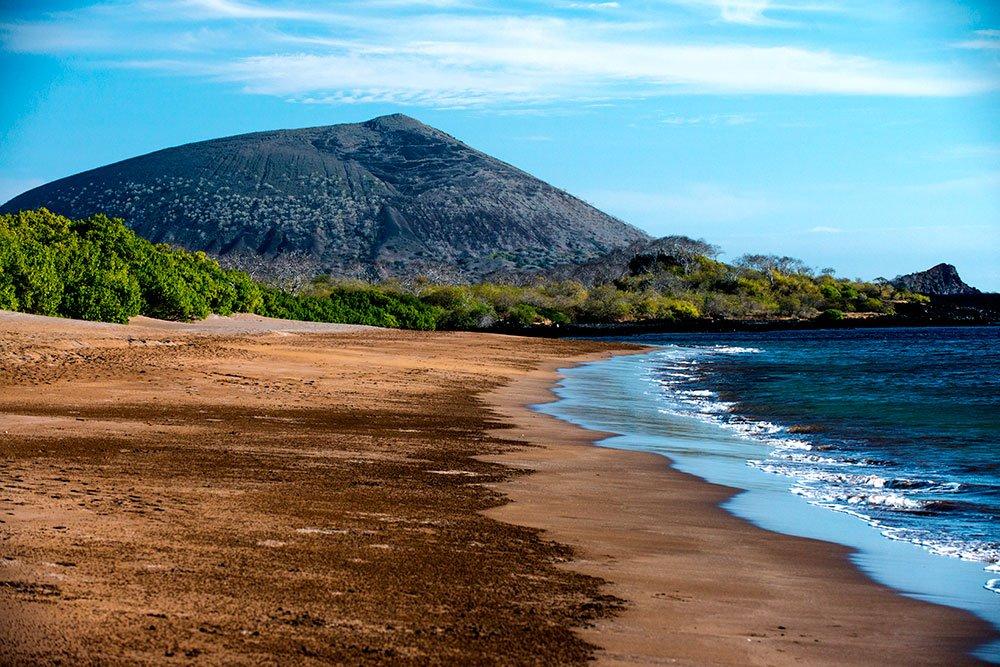 imagem de praia do arquipélago de galápagos