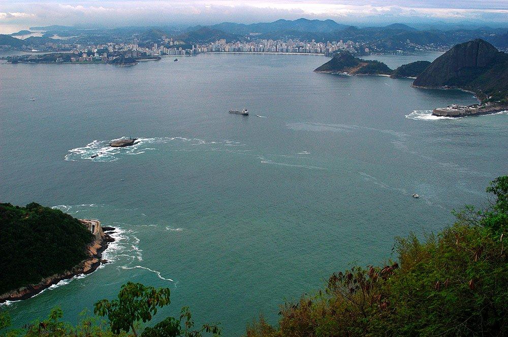 imagem da baía de Guanabara vista do Pão de Açúcar