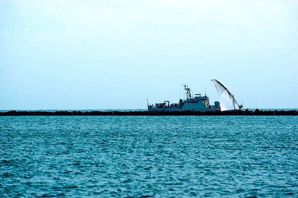 imagem de navio da marinha do Brasil em Luis Correia, PI