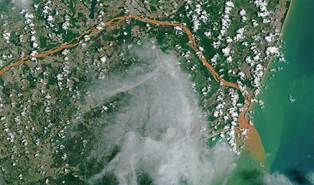 imagem do rio Doce feita do espaço