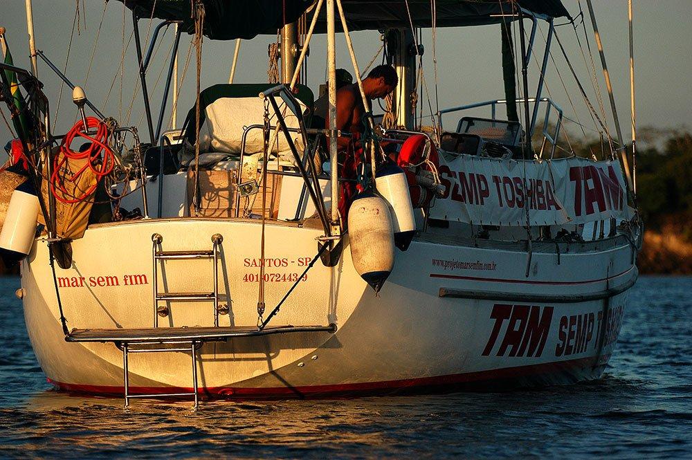 imagem do veleiro mar sem fim na etapa litoral de Salvador a ilhas