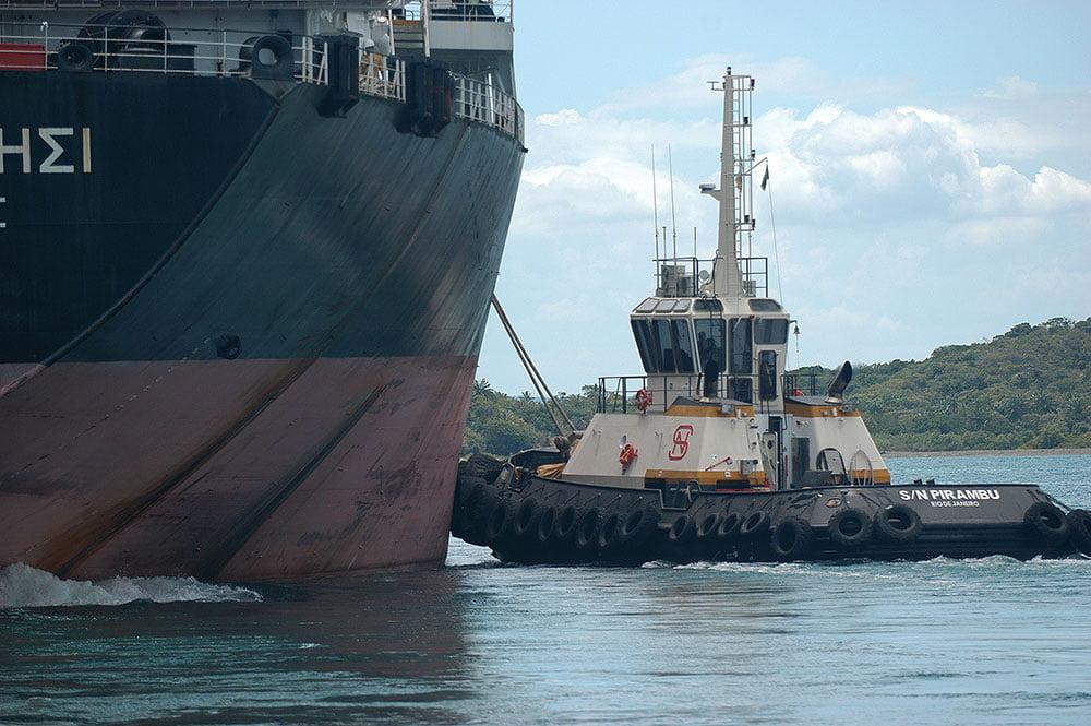 imagem derem orador empurrando navio