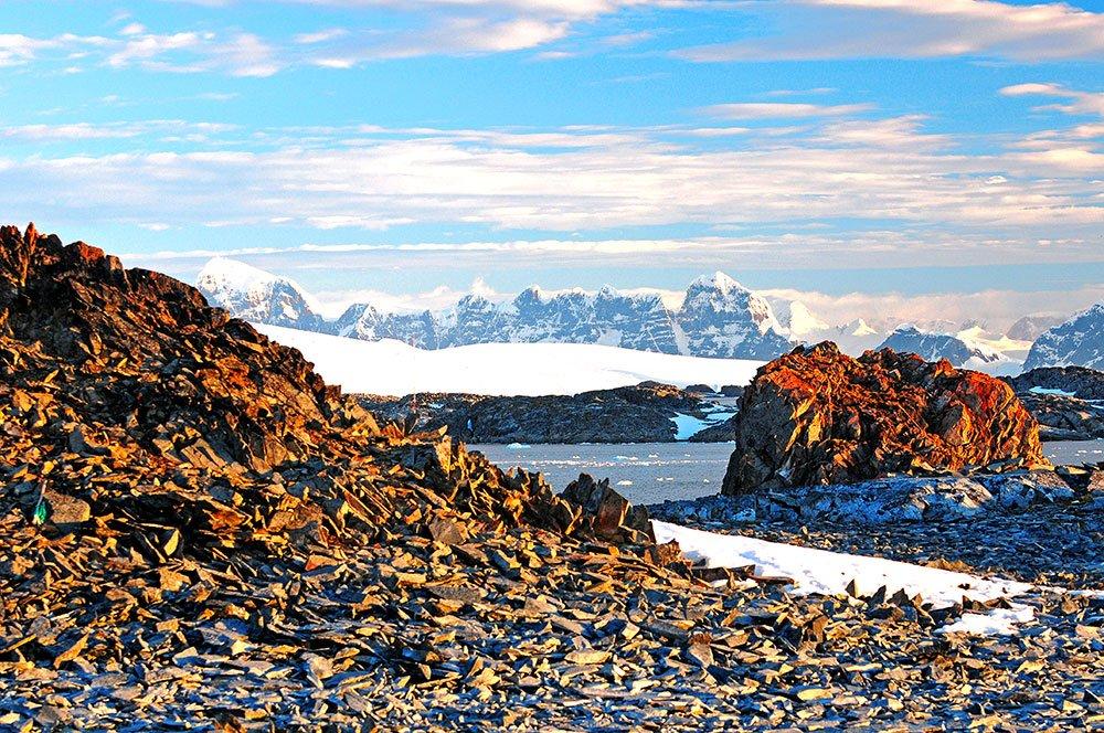 imagem de paisagem da Antártica