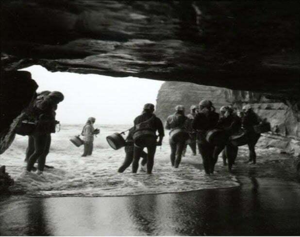 imagem de grutas das Ama, últimas sereias do mar japonesas