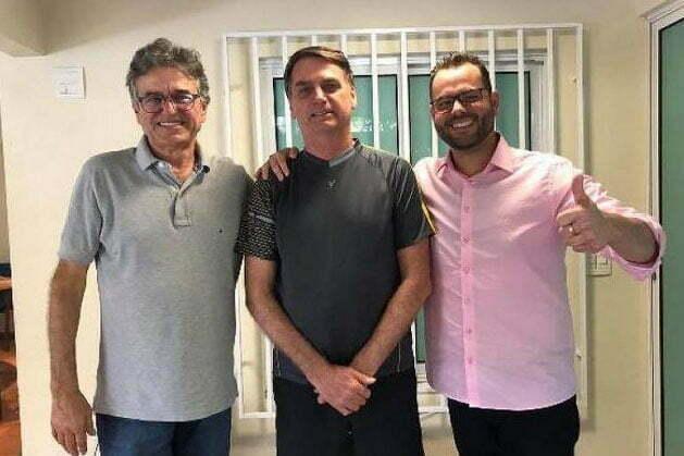 imagem de Jorge Seif, Bolsonaro , e o Secretário da Pesca, Jorge Seif Júnior