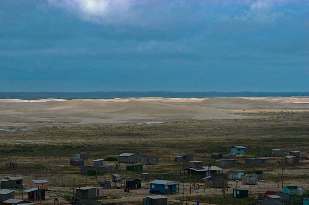 imagem de dunas na lagoa do peixe, um dos Parques nacionais brasileiros