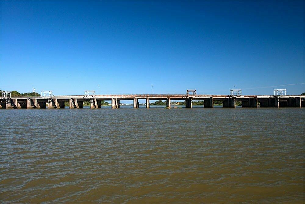 imagem da barragem no canal do valo grande