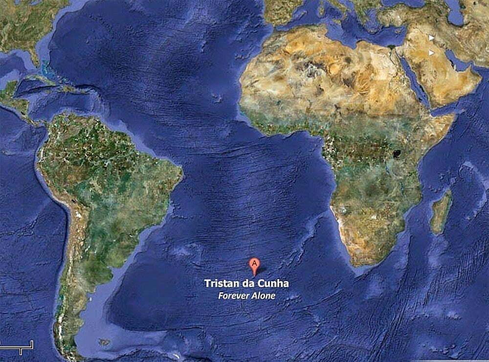 imagem de mapa com a ilha Tristão da Cunha assinalada