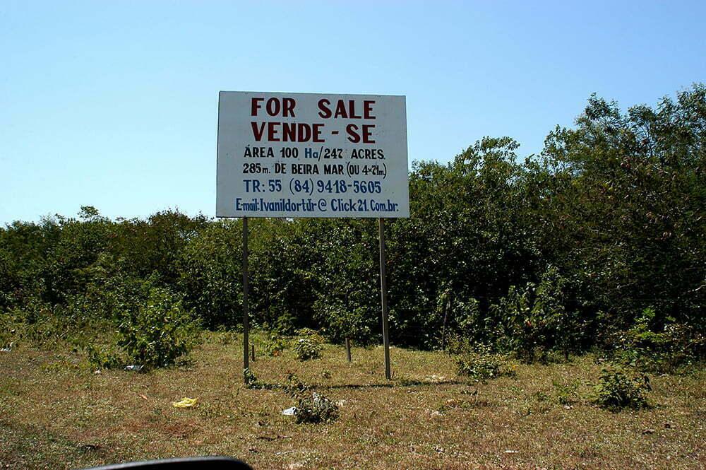 imagem de placa vendendo terreno no litoral do rio grande do norte