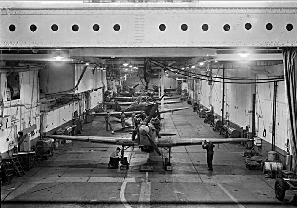 imagem do porão do HMS Argus