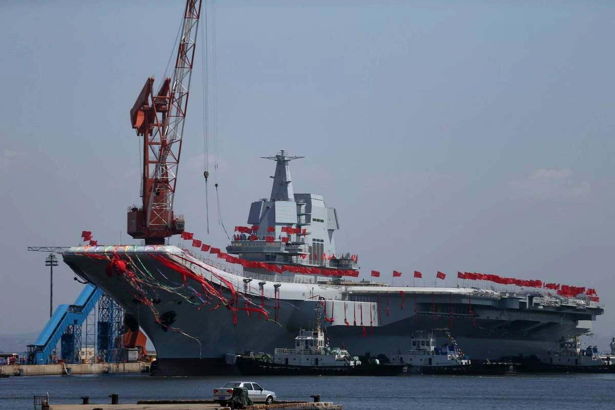 imagem do porta-aviões da China Shandong