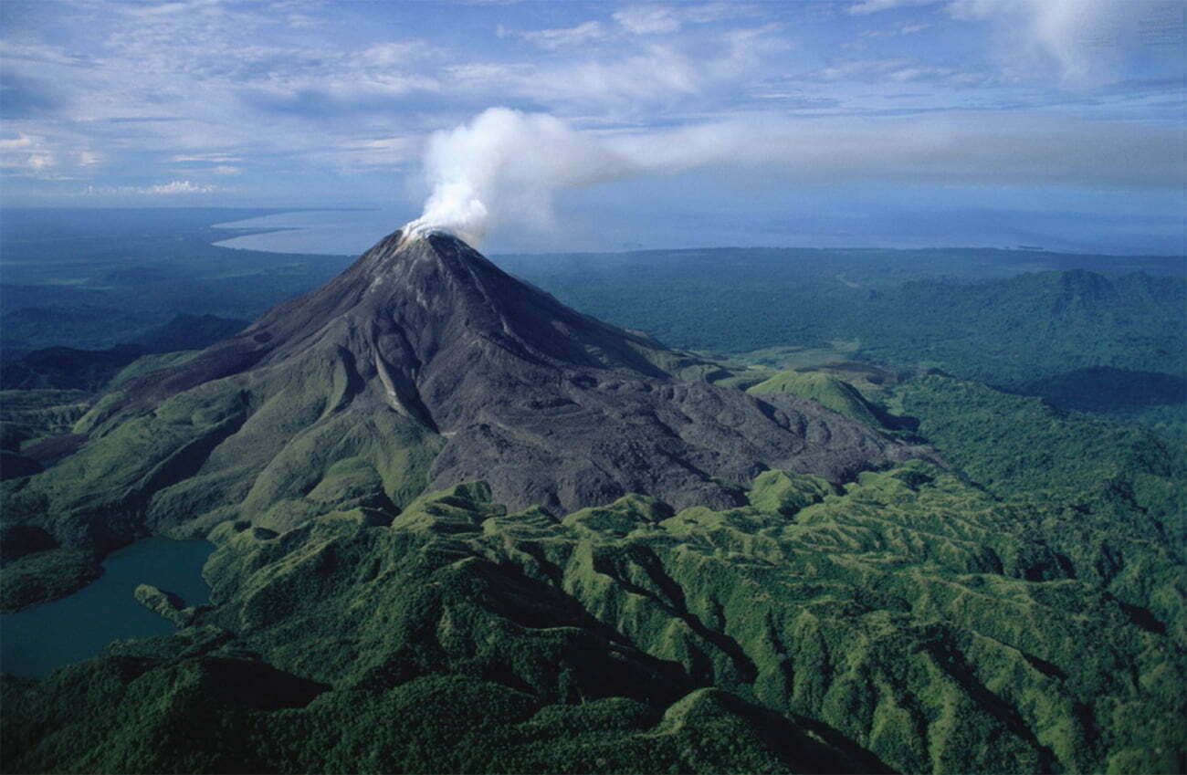 imagem de vulcão em Bougainville