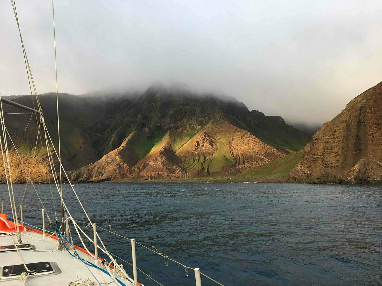 imagem da ilha Robinson crusoé.