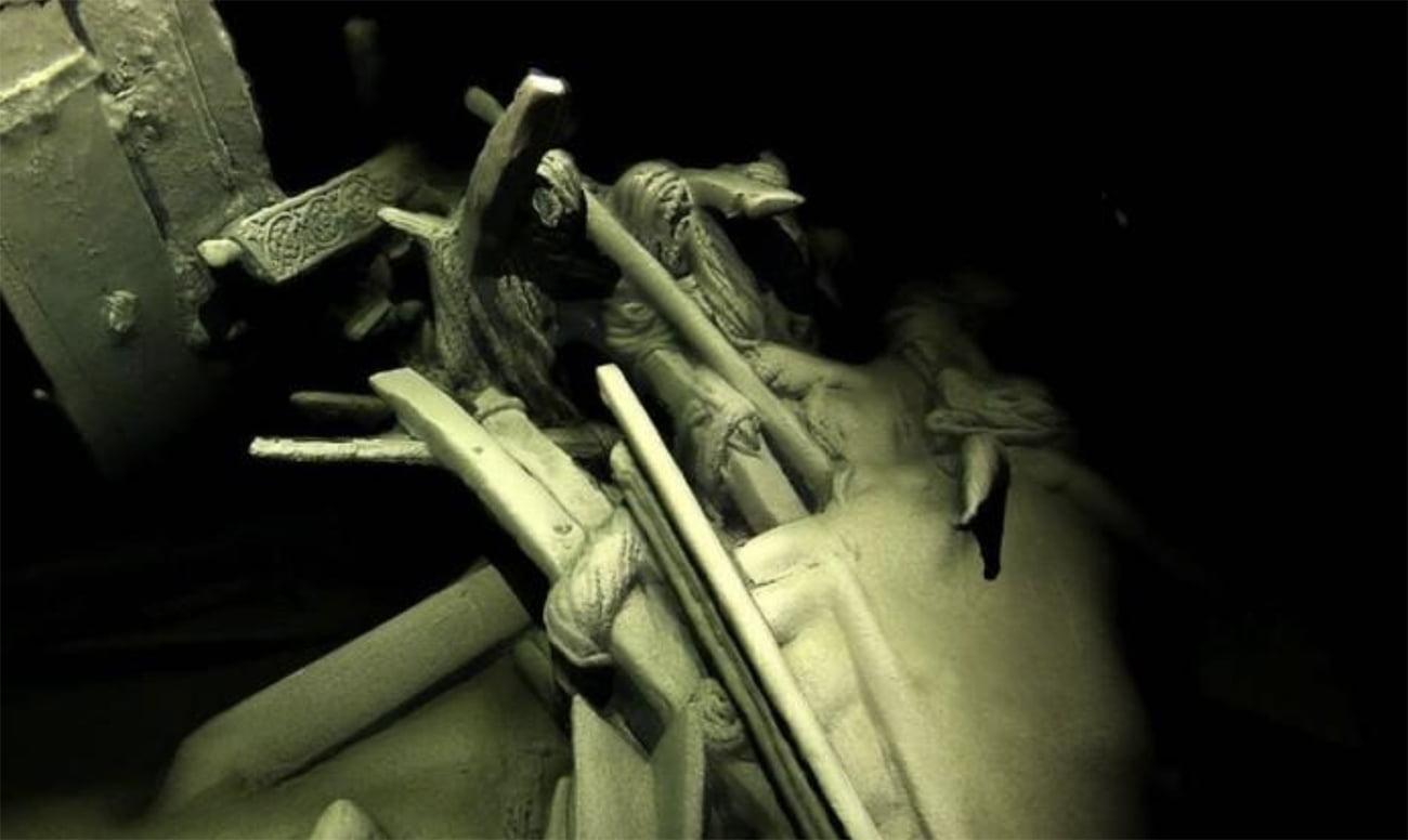 imagem de detalhe de naufrágio antigo