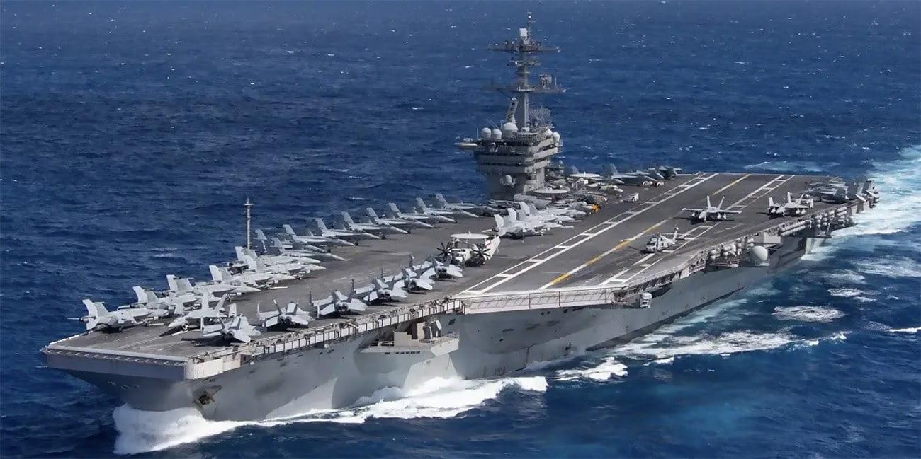 imagem do porta-aviões USS Theodore Roosevelt