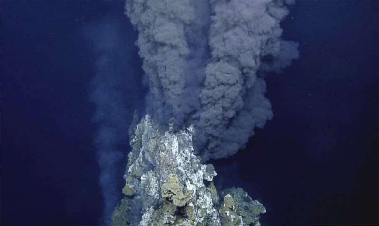 imagem de Fontes hidrotermais marinhas