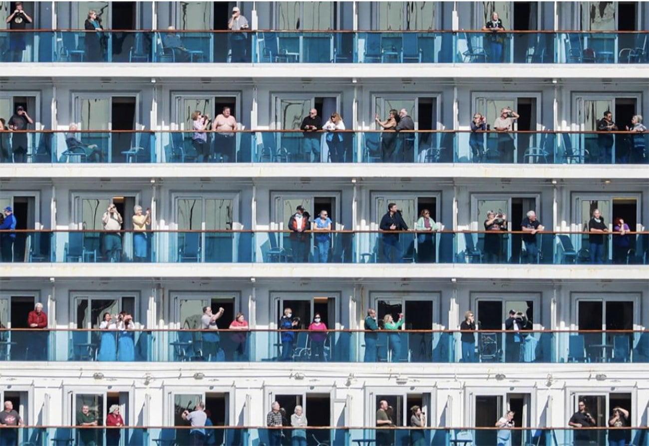imagem de passageiros em cânones de navios