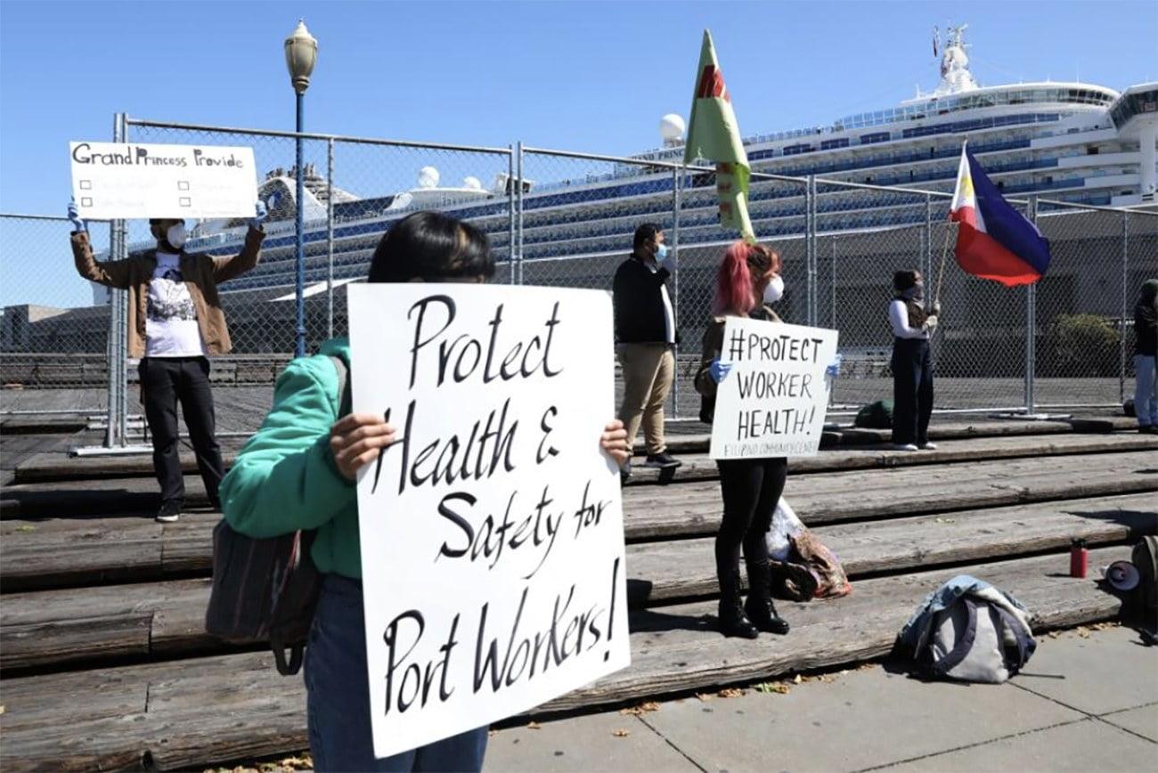 imagem de protestos contra embarques em portos norte americanos