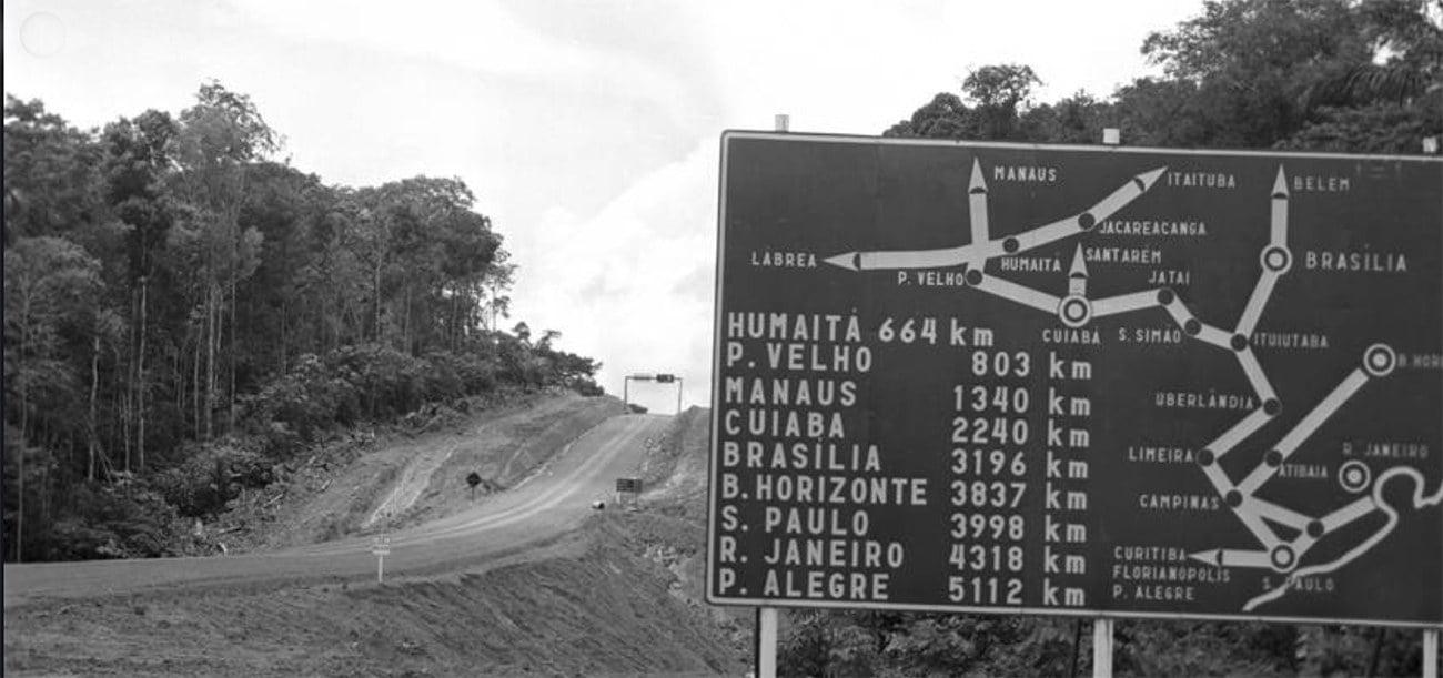 imgem de placa na rodovia Transamazônica