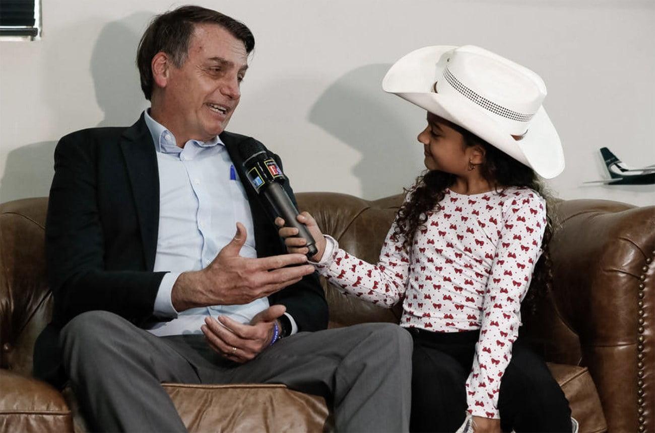 Imagem de Bolsonaro e Ester Castilho