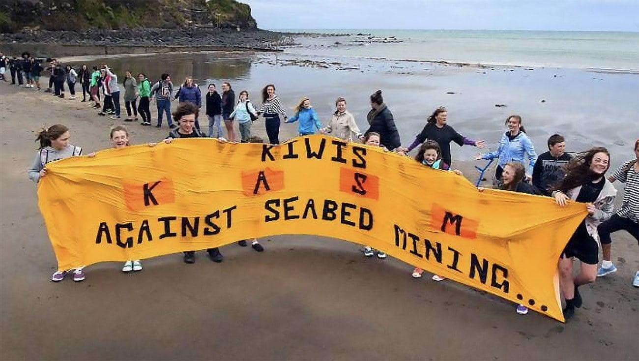 protestos na Nova Zelândia contra mineração submarina