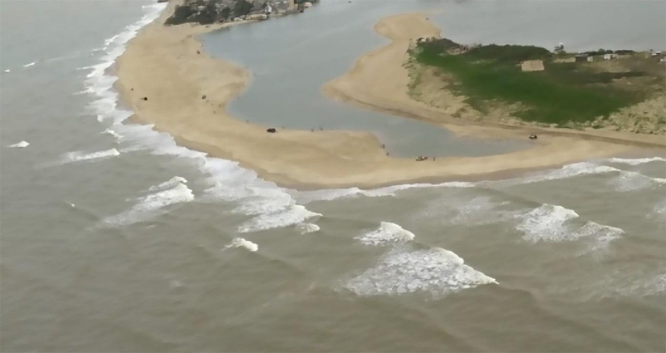 imagem da barra do Paraíba do Sul fechada