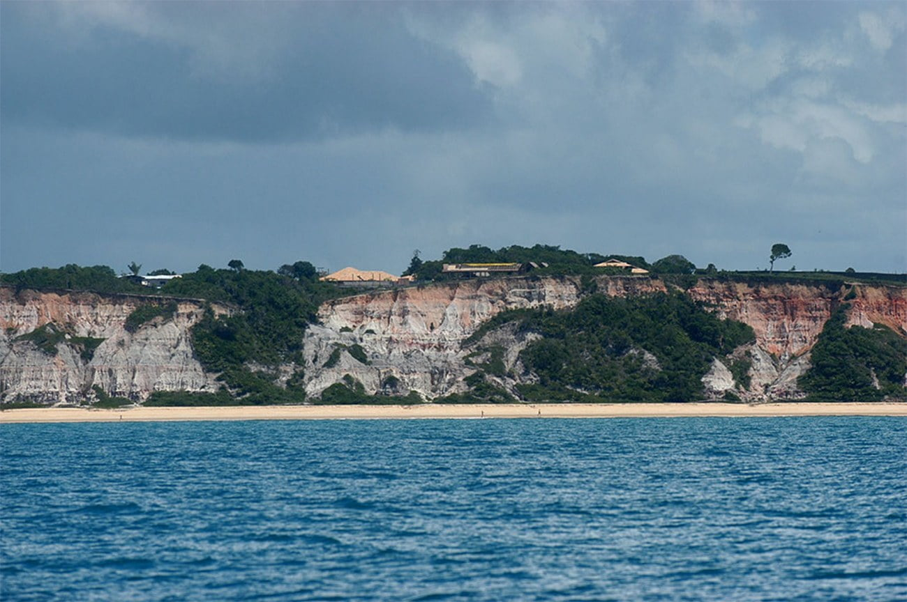 falésia ocupada em Trancoso, Bahia