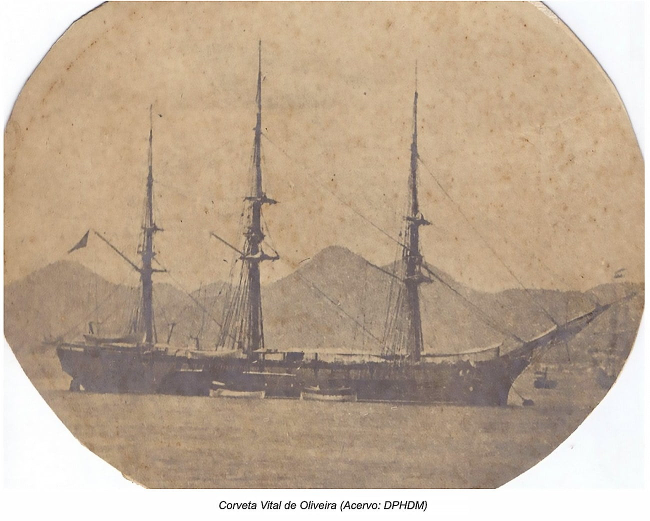 Imagem da corveta Vital de Oliveira que fez a Primeira circum-navegação brasileira