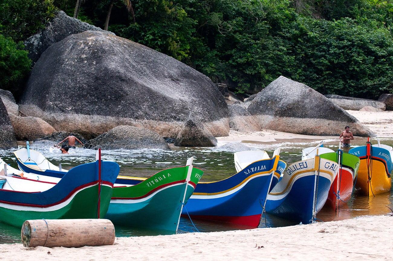 imagem das canoas do Bonete
