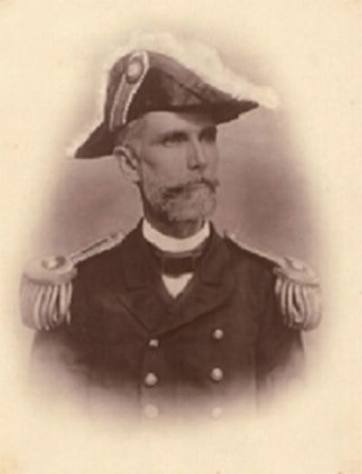 Imagem do capitão Júlio César de Noronha, comandante da Primeira circum-navegação brasileira