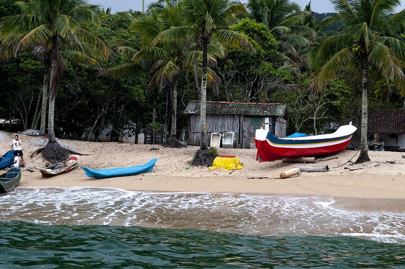 imagem de praia em Ilhabela