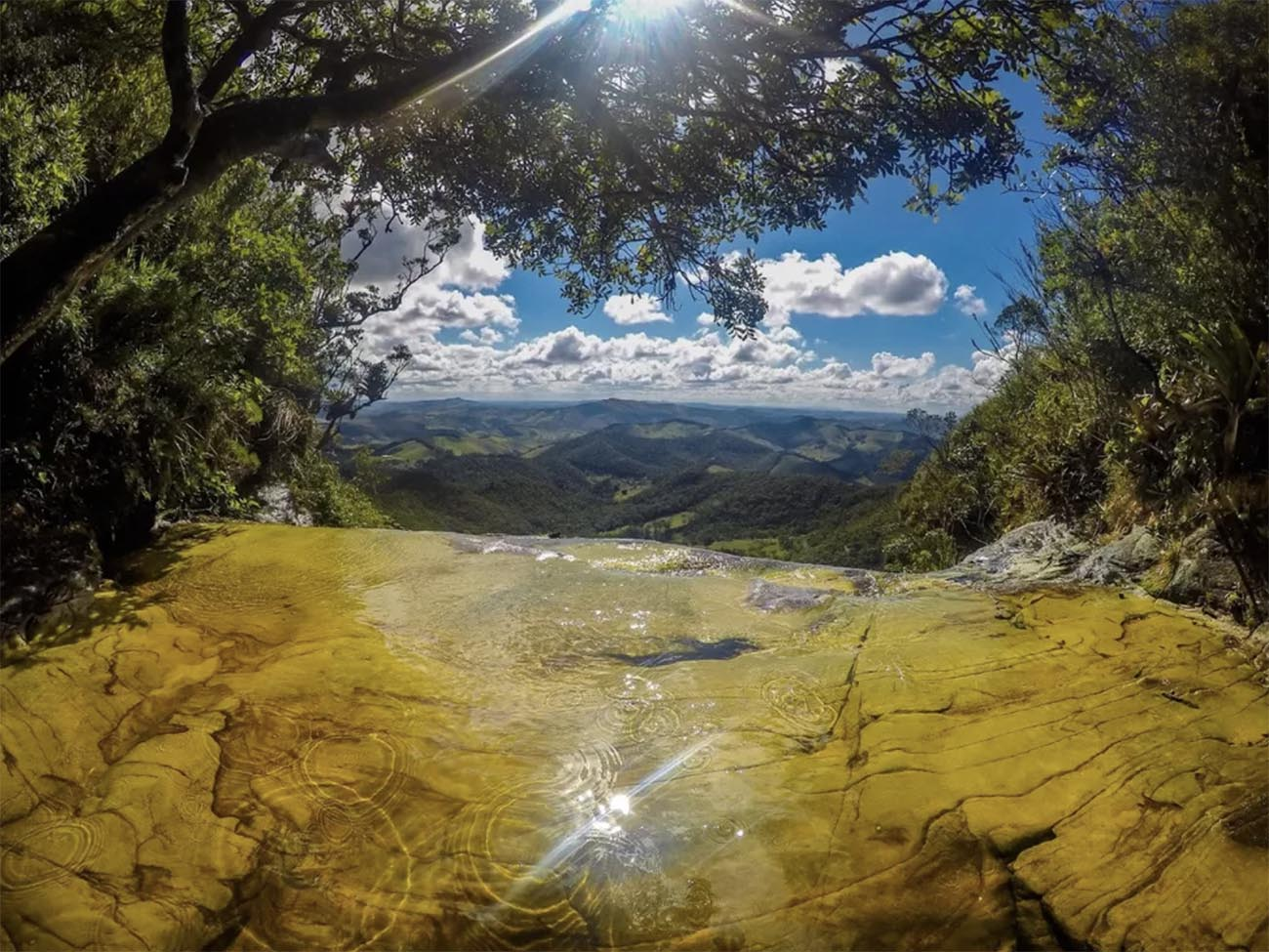 Imagem do parque estadual Ibitipoca