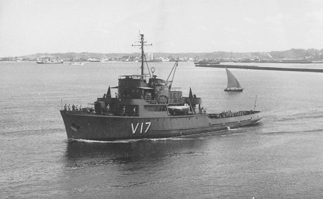 Imagem da corveta Ipiranga nos anos 60