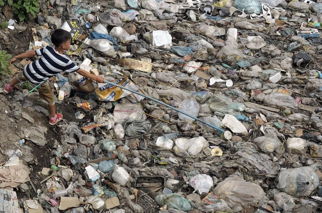 Imagem de pandemia de plastico