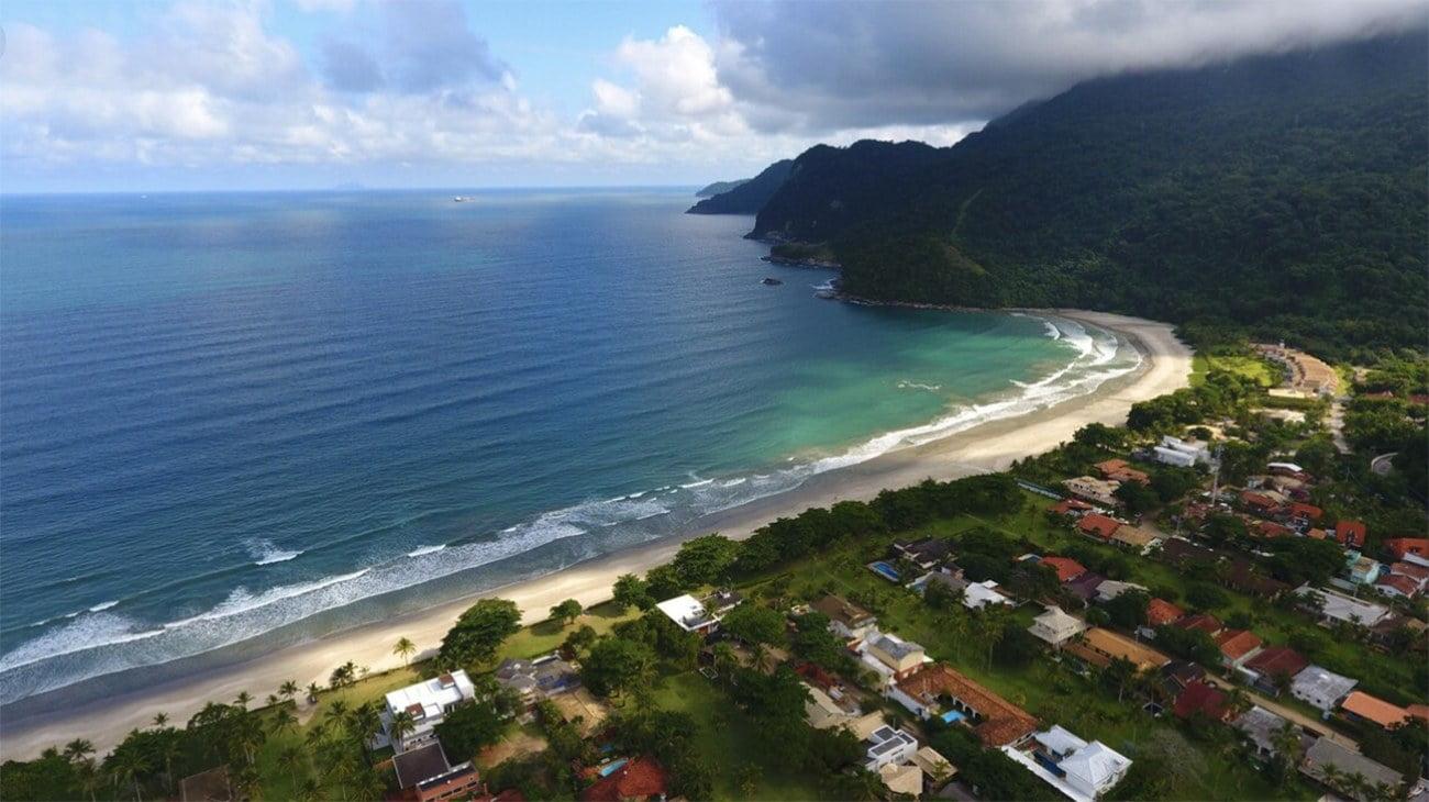 Imagem da praia de Guaecá
