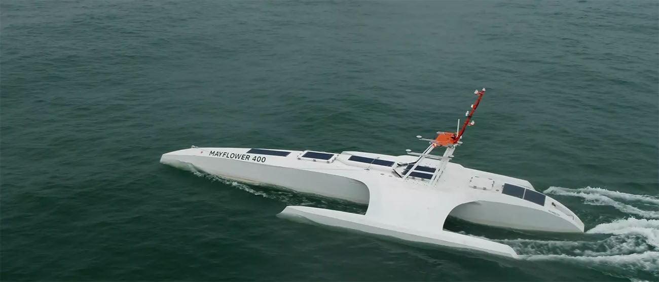 Imagem do primeiro barco autônomo do mundo