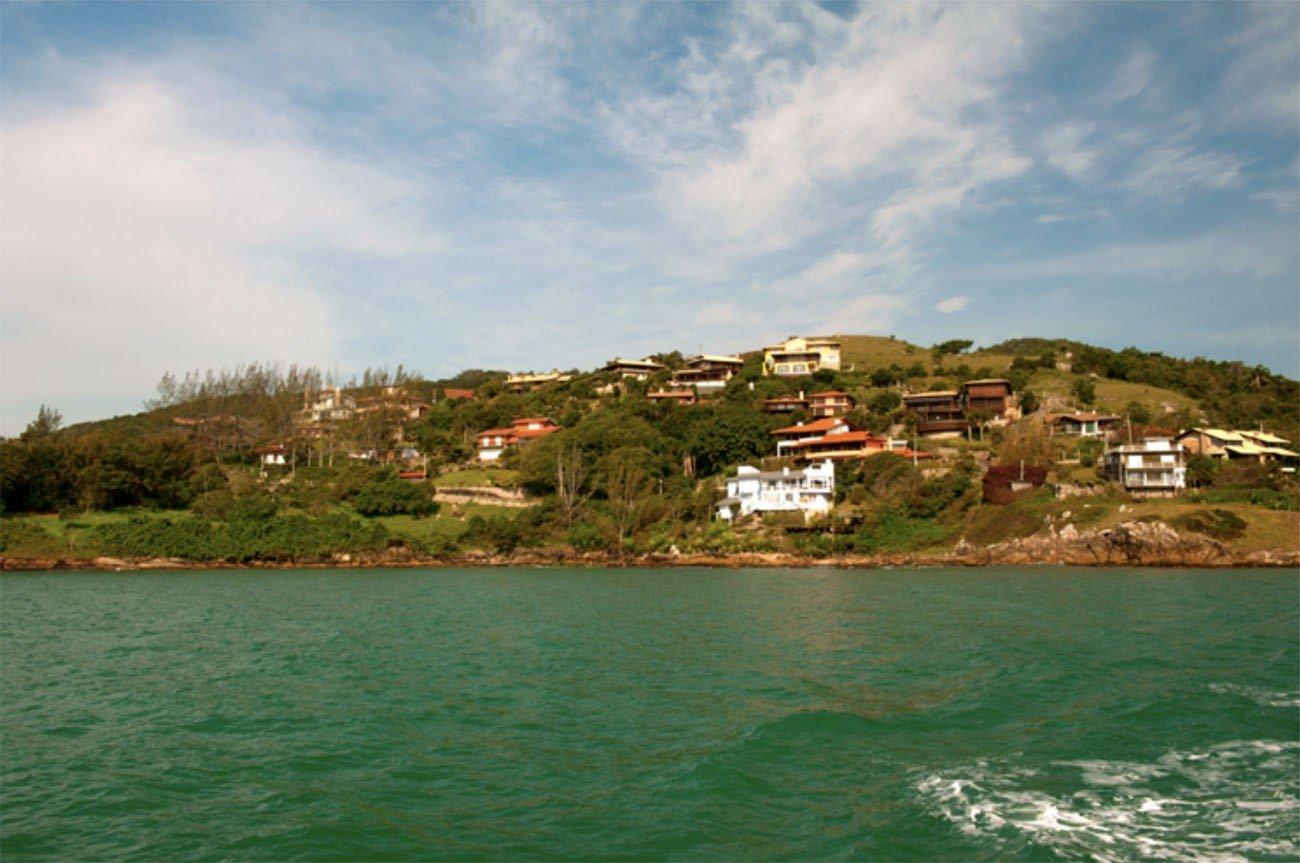 Imagem do promontório de Garopaba