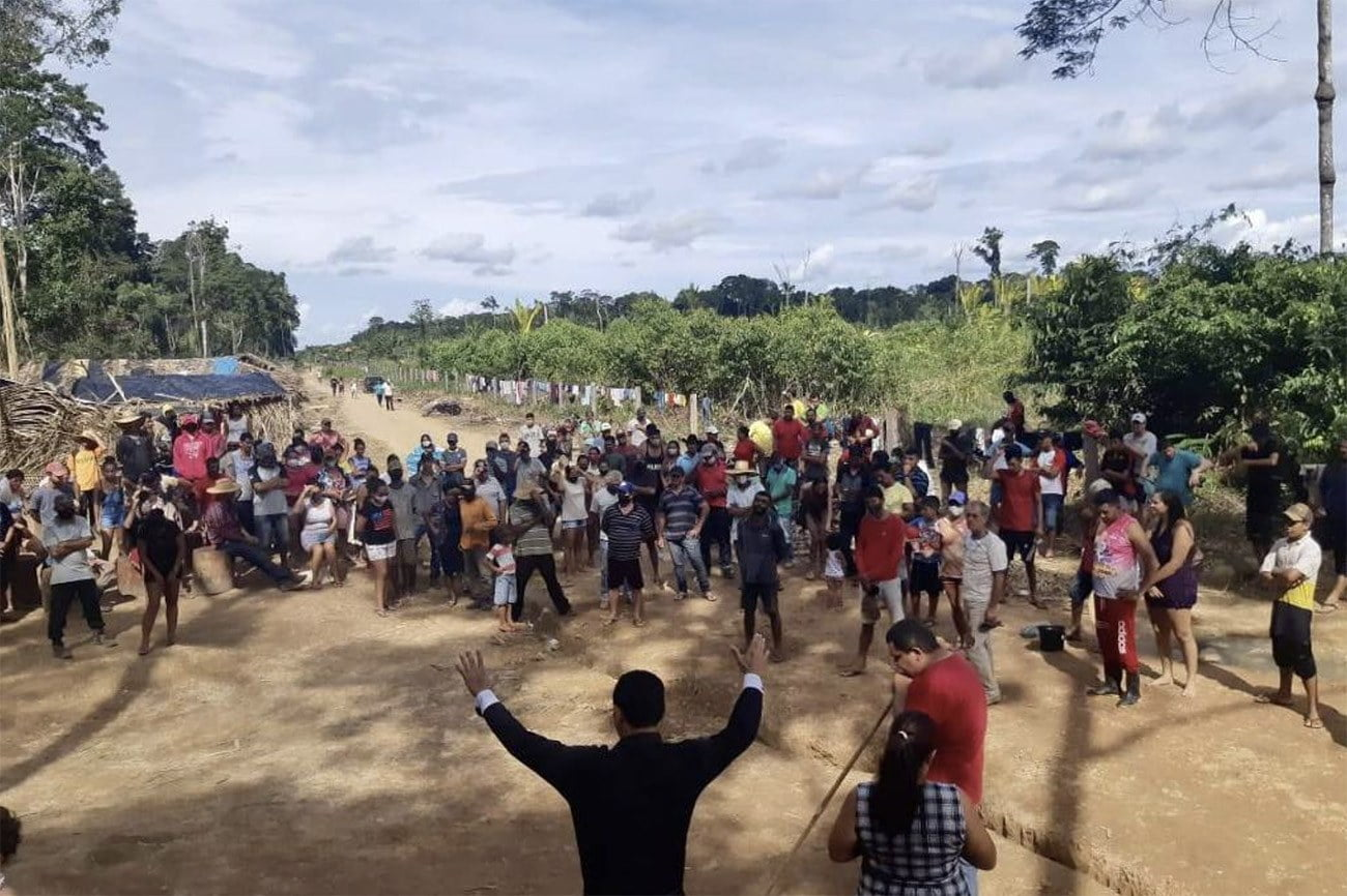 Imagem de invasão de terras na Amazônia