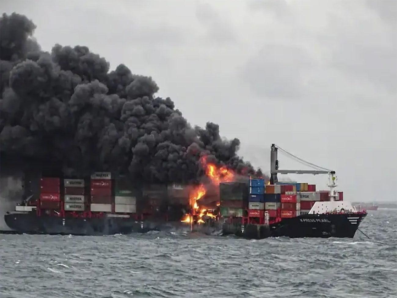 imagem de acidente com navio