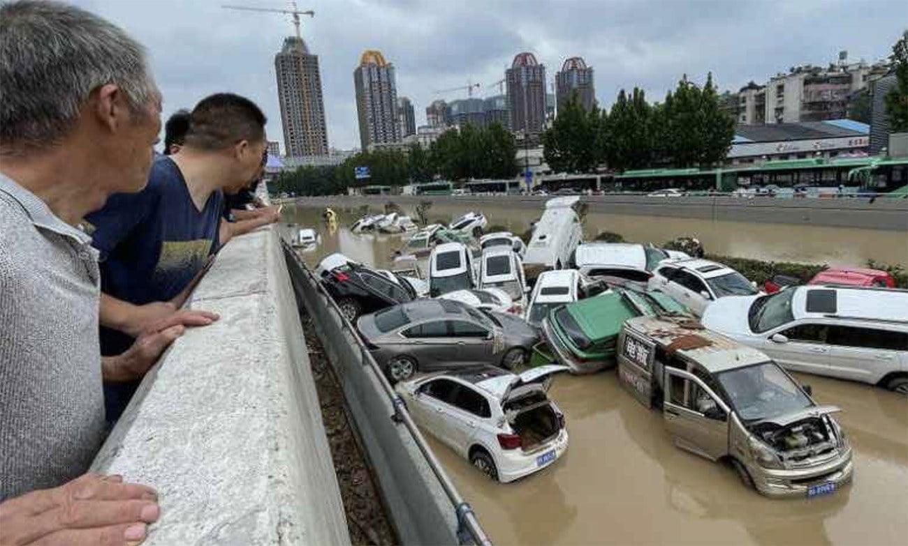Imagem de enchente na China