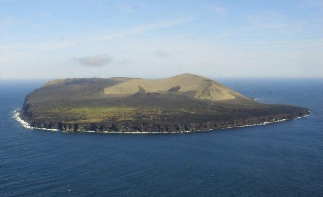 Imagem da ilha Surtsey