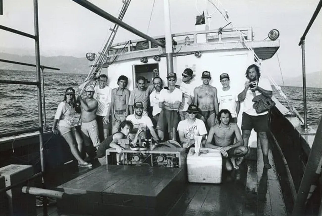 Imagem de barco navegando