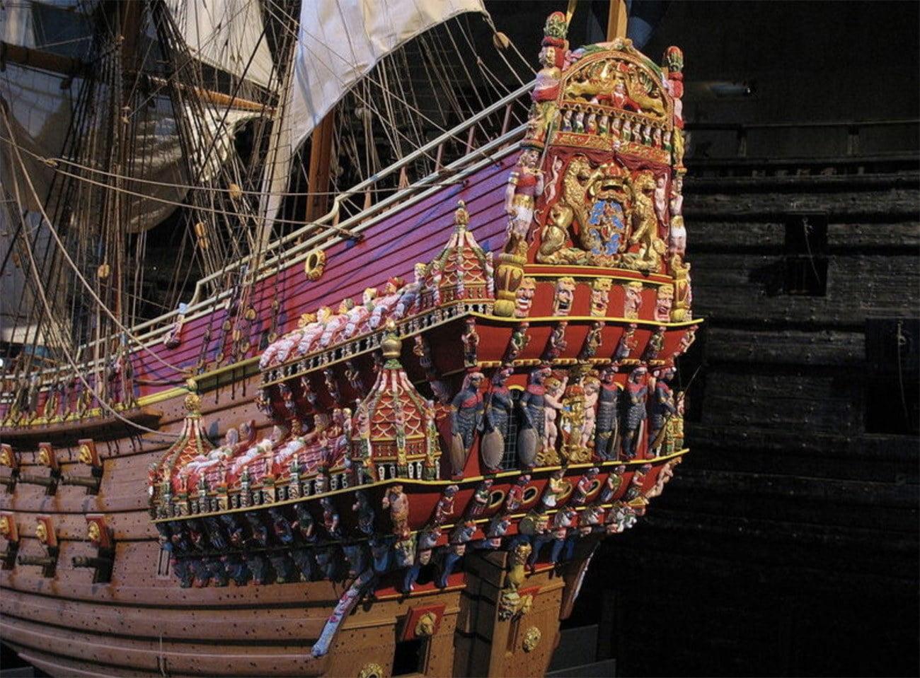 Imagem da popa do navio Vasa