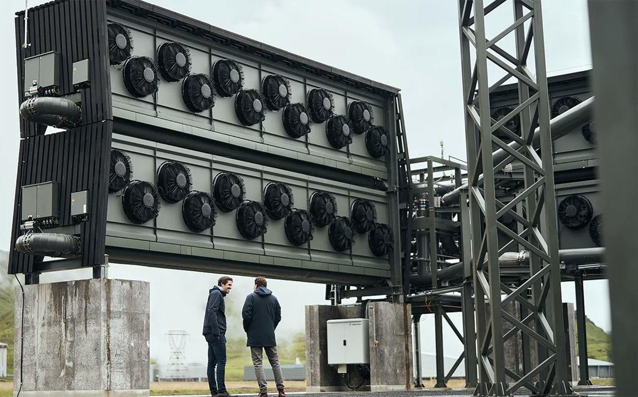 imagem dos ventiladores da usina para capturar co2