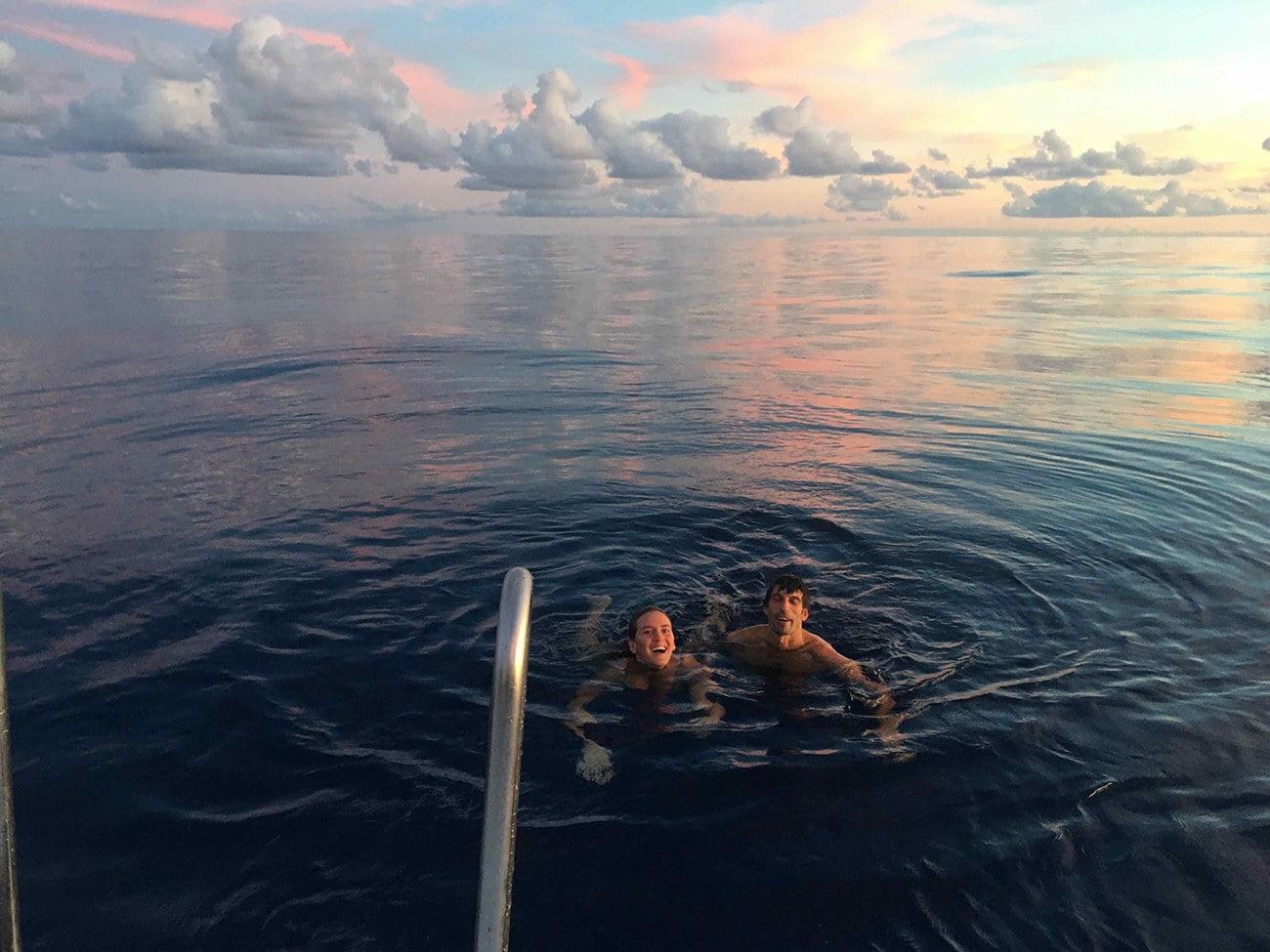 Imagem de mergulho no oceano